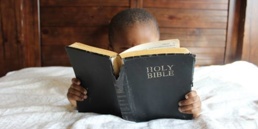 4 Best Bibles For New Believers: Easy Read